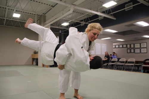 jmac-women-self-defense-near-canton